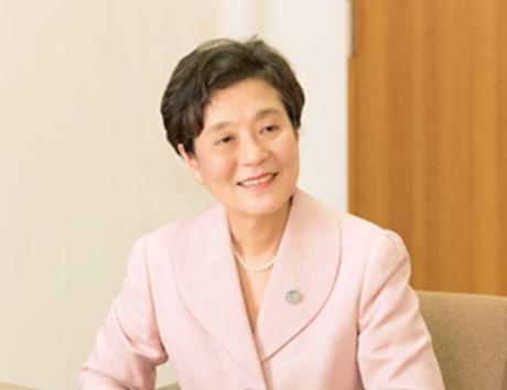 講師 大日向 雅美 先生 恵泉女学園大学 学長